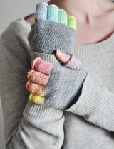 Rainbowmitts-005