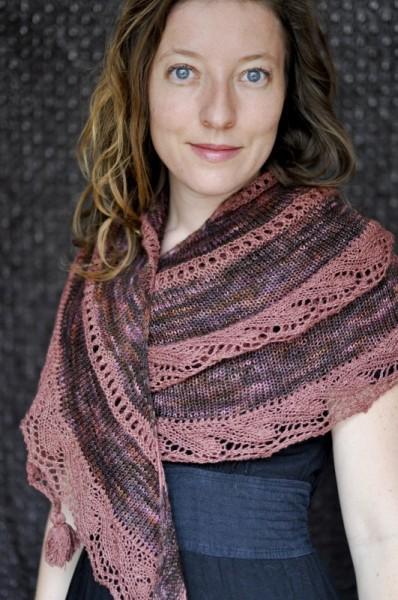 Merlot-shawl09-531x800